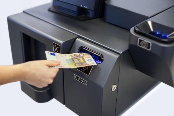 Cajones de efectivo para billetes y monedas