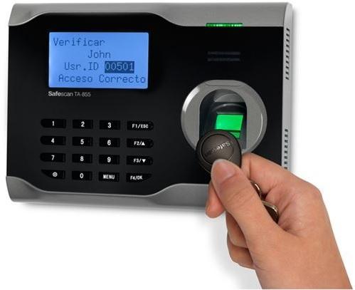 Control horario por llavero RFID
